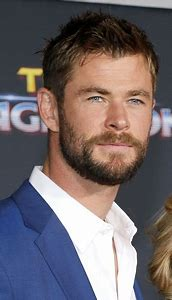Thor Beard Chris Hemsworth Short Hair