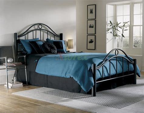 Modern Metal Bed  Decorate My House