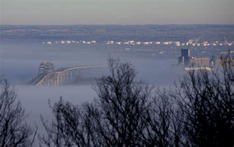 TonyRogers.com - Fog Over the Duluth Harbor