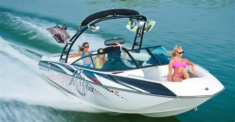 Moomba Boat Winterize by Moomba Puts More Pop In Your Lake With The New Mojo