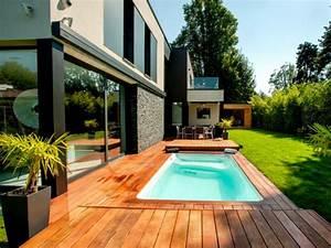 Mini Pool Terrasse : mini piscine et terrasse mobile pour un jardin en ville ~ Orissabook.com Haus und Dekorationen