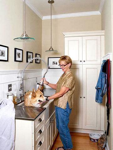 farmhouse sink wrestaurant sprayer  dog washing