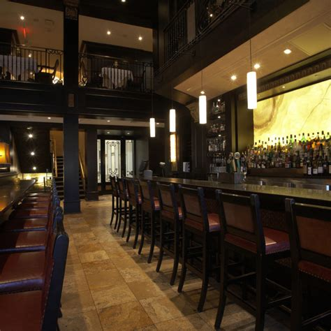 Bar Winnipeg by Hy S Steakhouse Cocktail Bar Winnipeg