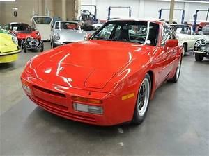1986 Porsche 944 39k Miles Red  Blk Sun Roof 5 Speed Manual