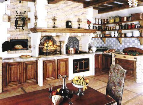 Old World European Kitchens   european kitchen design.com