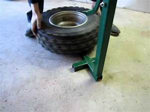 Machine A Pneu Moto : d monte pneu artisanal youtube ~ Melissatoandfro.com Idées de Décoration
