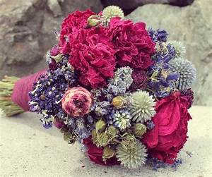Composition Fleurs Séchées : composition florale fleurs sechees pivoine etc ~ Teatrodelosmanantiales.com Idées de Décoration