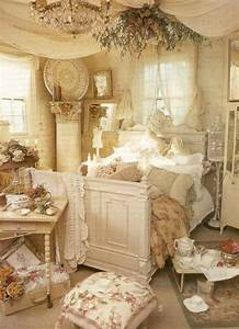 33 sweet shabby chic bedroom decor ideas digsdigs for Shabby chic bedrooms pictures