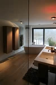badewanne holzoptik bad mit fliesen holzoptik freistehende badewanne contemporary bathroom frankfurt by