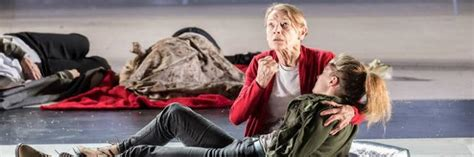 First look at Glenda Jackson in King Lear at the Old Vic ...