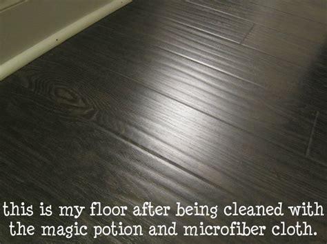cleaning laminate flooring laminate floor cleaner diy pinterest