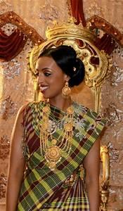 somali traditional dress guntiino somalia pinterest With somali wedding dress pictures