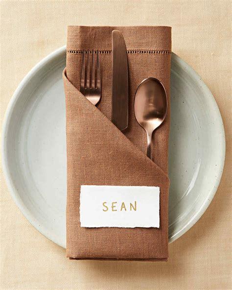 Serviette Falten by Angled Pocket Napkin Fold Martha Stewart