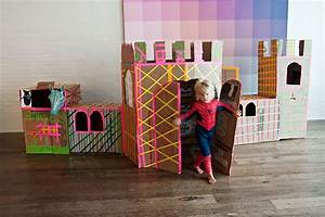 30 Creative DIY Cardboard Playhouse Ideas - Hative