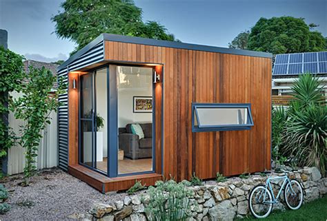 Backyard Office by Backyard Offices By Inoutside