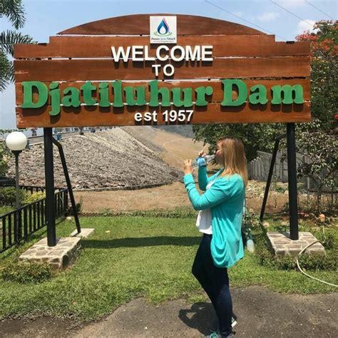 Harga tiket masuk ke obyek wisata ini cukup murah. Waduk Jatiluhur, Danau Indah Penentu Nasib Jakarta