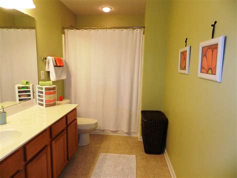 2014 Bathroom Paint Colors by Bathroom Paint Color Ideas With Pale Blue Wall And