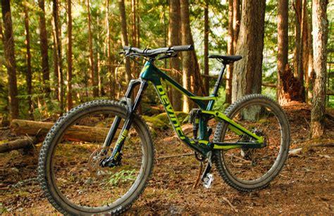 2019 Devinci Spartan 29er Enduro Mountain Bike