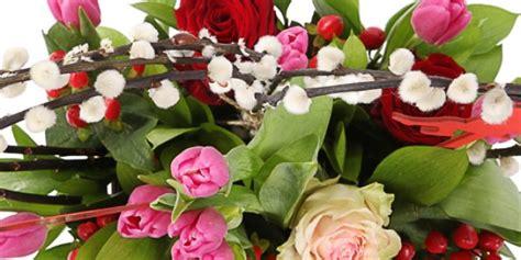 Ziedi Mātes dienai ar piegādi svētdienā! Pušķu piegāde svētkos