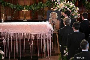 Anna Nicole Smith is laid to rest | Daily Mail Online
