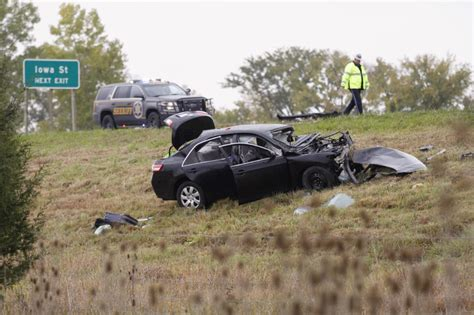 Man Dies From Injuries Suffered In Crash On K-10 South Of