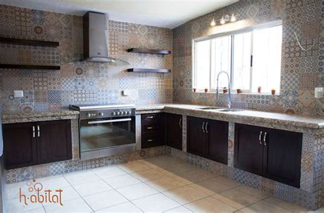 cocina moderna  azulejo vintage de  abitat diseno