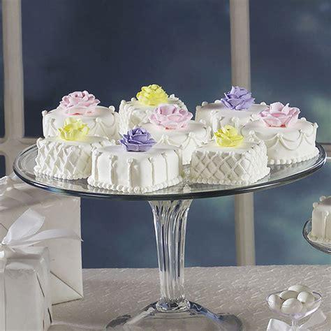 cakes pretty petit fours mini cake wilton piping recipe wlproj petal tip petits sm oh