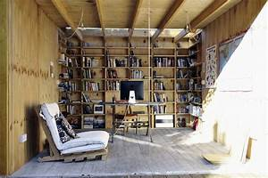 Shed home office interior design ideas for Shed interior design ideas