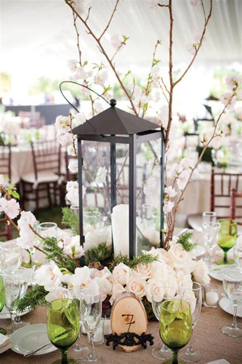 Lanterns as centerpieces