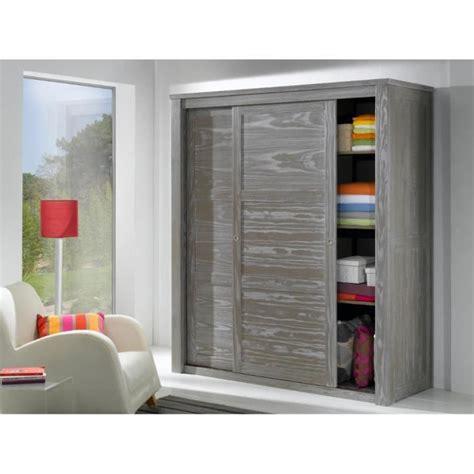 chambre en pin massif pas cher armoire 2 portes wilda en pin massif verni incolore