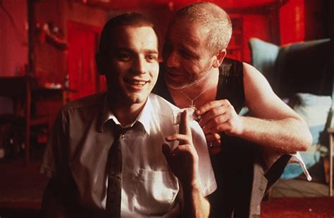 14 mind-blowing details in Trainspotting you never noticed ...