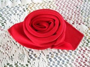 Comment Faire Une Rose En Papier Facilement : pliage de serviette simple beau pliage serviette bateau ~ Nature-et-papiers.com Idées de Décoration