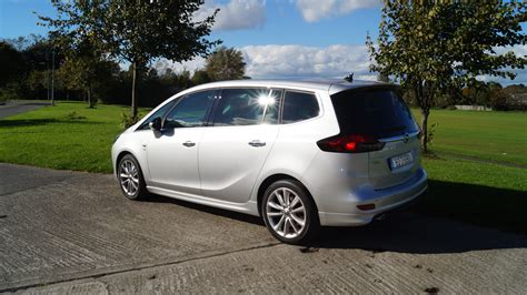 Opel Zafira Review by Family Car Review Opel Zafira Tourer 2 Litre Diesel