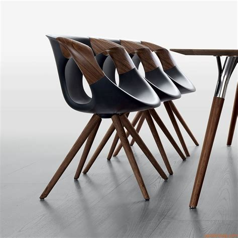 fauteuil bureau direction up chair wooden arms fauteuil design de tonon piétement