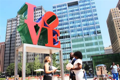 wedding wednesdays putting  love  love park