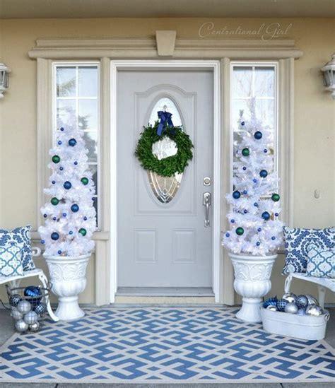 blue  green christmas front door landscape st louis
