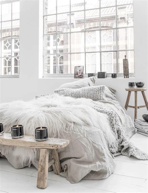 cozy bedroom in grey with beautiful home decorations best 25 scandinavian bedroom ideas on pinterest scandinavian design house scandinavian