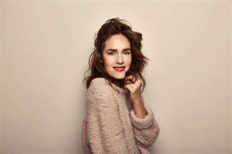 jessica grabowski actress actress jessica grabowsky looking gorgeous in samuji knit