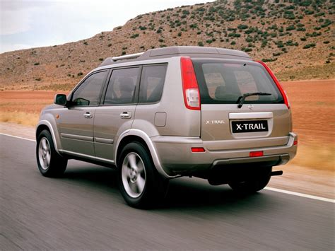The 3rd row seats for occasional extra passenger comes in useful. NISSAN X-Trail (T30) specs & photos - 2001, 2002, 2003 ...