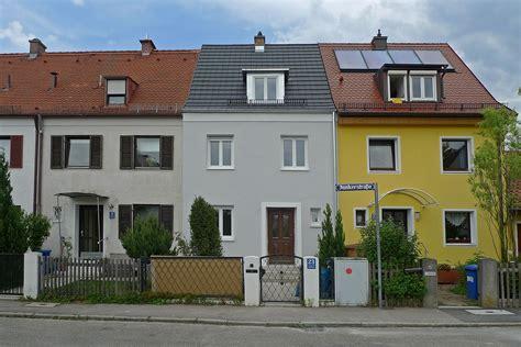 Reihenhaus Kleines Reiheneckhaus by Reihenhaus Kleinhadern Wohnhaus Baustelle Fassade Neu