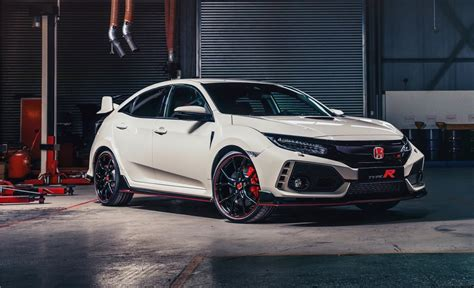 honda civic r 2017 2017 honda civic type r gets 22 28 mpg rating the torque report