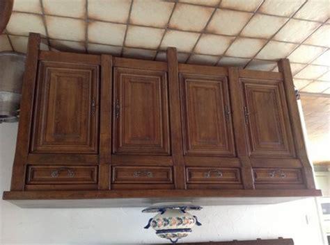 renover sa cuisine en chene peut on rajeunir mes meubles en chêne rustique avec une