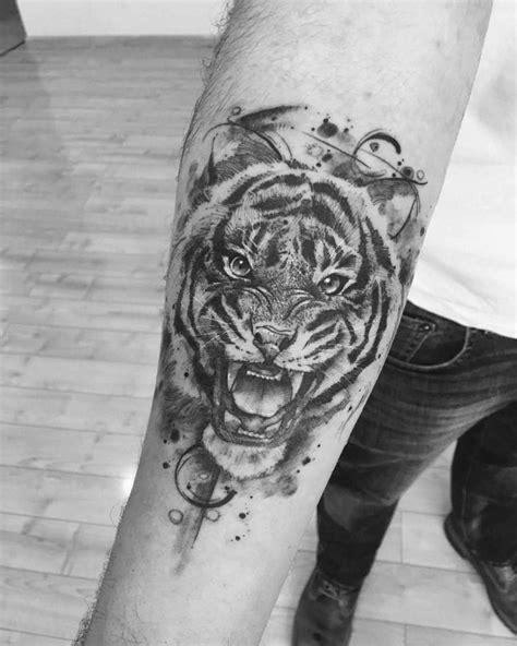 Growling Tiger Forearm Tattoo | Best Tattoo Ideas Gallery