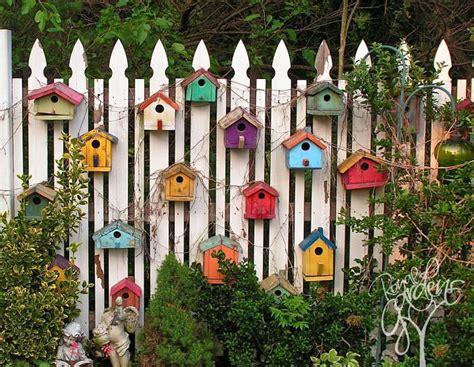 garden fence decoration ideas  follow balcony