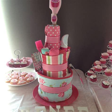 Kitchen Tea Gift Wrapping Ideas by Kitchen Tea Cake Celebrate Cakes Presents