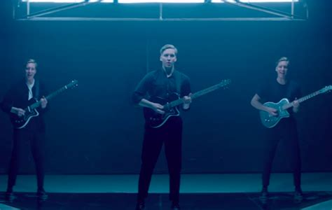 Watch George Ezra's Striking New Video For 'paradise'