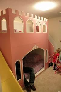 Lit Princesse Fille : photos un vrai lit de princesse pour ses filles ~ Teatrodelosmanantiales.com Idées de Décoration