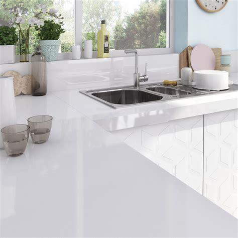 plan de travail cuisine quartz blanc cuisine quartz gris
