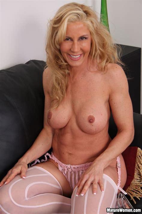 blonde nude matures nude
