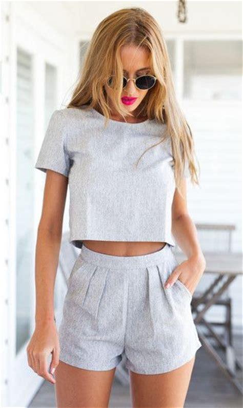 Shorts crop tops crop spring outfits mura boutique muraboutique grey t-shirt sunglasses top ...